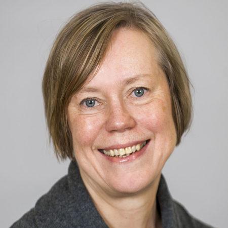 Porträttfoto på Ulla Wallin, forskningssekreterare