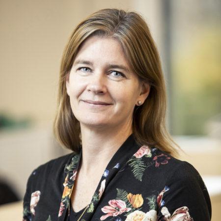 Porträttfoto på Cecilia Beskow, avdelningschef Forskning och utvärdering