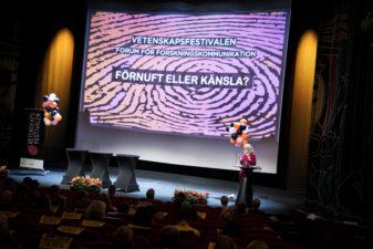 Scenen på Forum för forskningskommunikation 2017 med backdrop