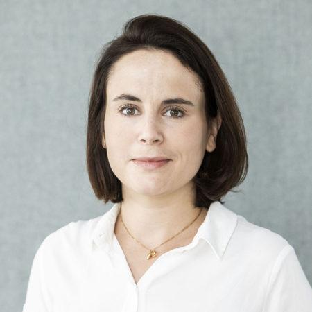 Porträttfoto på Teresia Weinberg, forskningssekreterare
