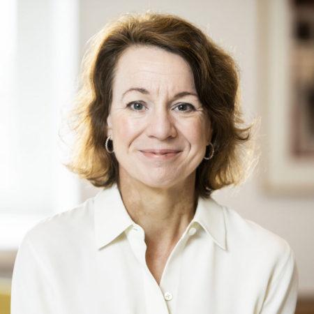 Porträttfoto på Ulrika Thomsson Myrvang, forskningssekreterare