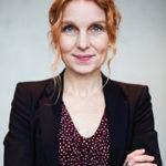 Porträttfoto på Anna Mia Ekström