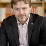 Porträttfoto på professor Joakim Palme
