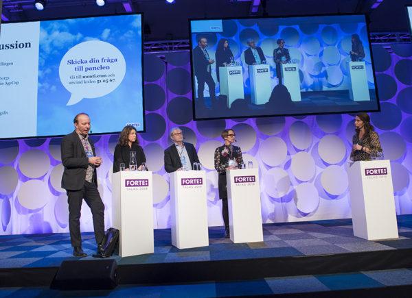 Paneldiskussion med fyra deltagare under Forte Talks 2019